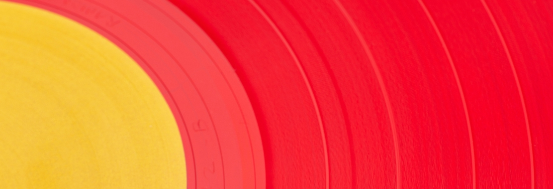 red-vinyl-record-3552948